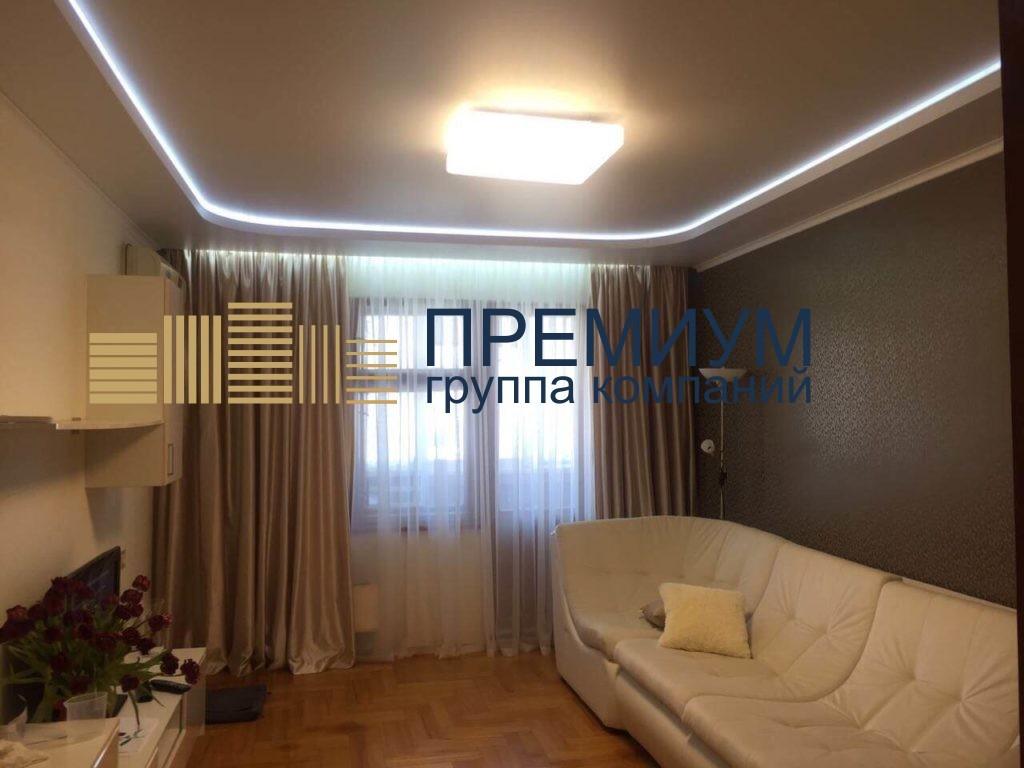 Натяжной потолок со скрытой гардиной S= 13м2