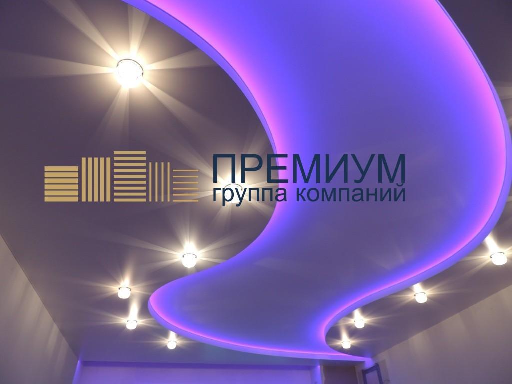 Натяжной потолок с контурной подсветкой S= 19м2