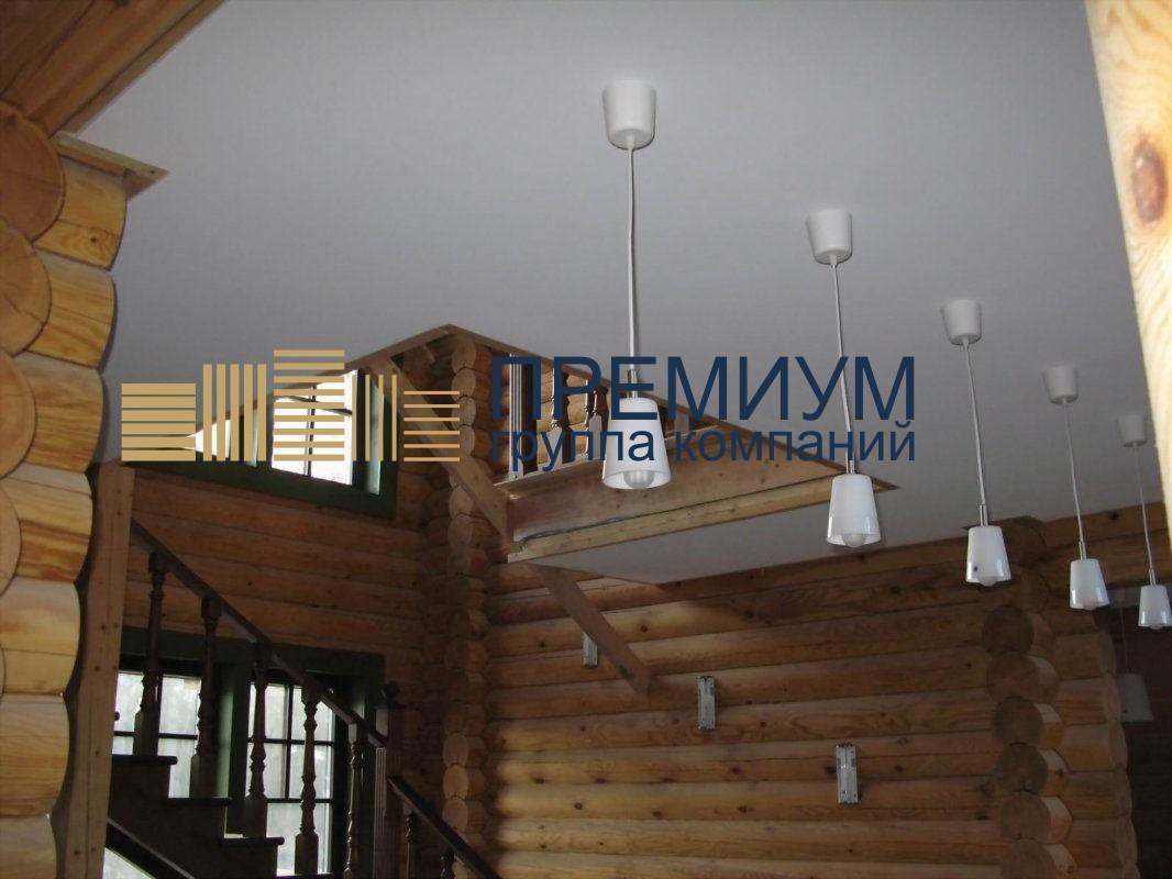 Натяжной потолок в деревянном доме S= 9м2